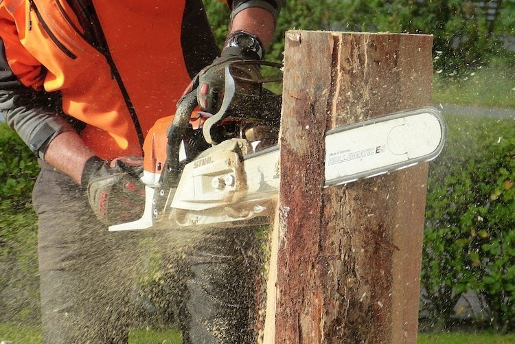 Choosing The Right Chainsaw